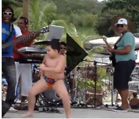 คลิปเจ้าหนูเต้นอย่างมันส์